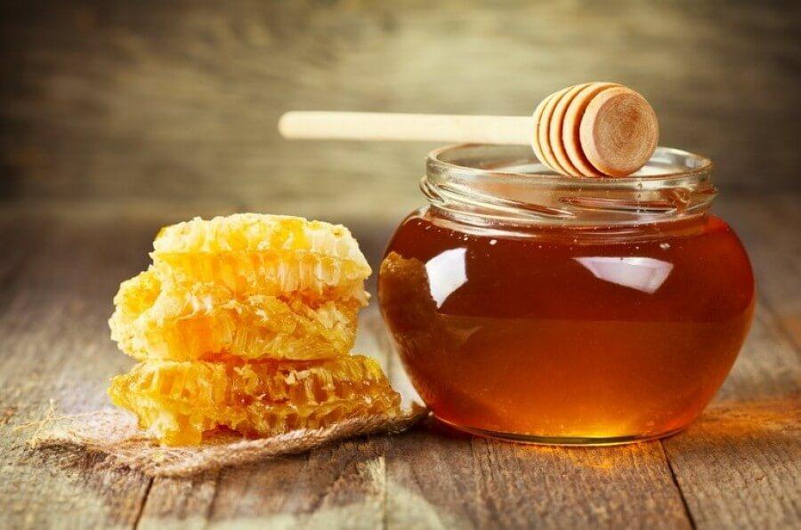 Український мед виявився найдешевшим у світ